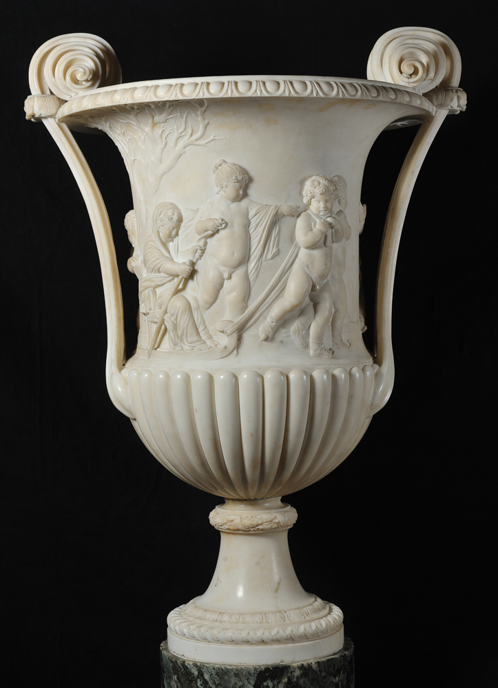 Vase in the shape of kantharos with personification of winter
