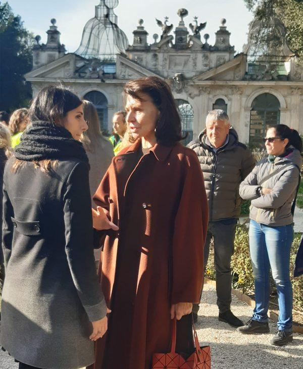 Il sindaco di Roma Virginia Raggi in visita alla Galleria Borghese e ai Giardini Segreti