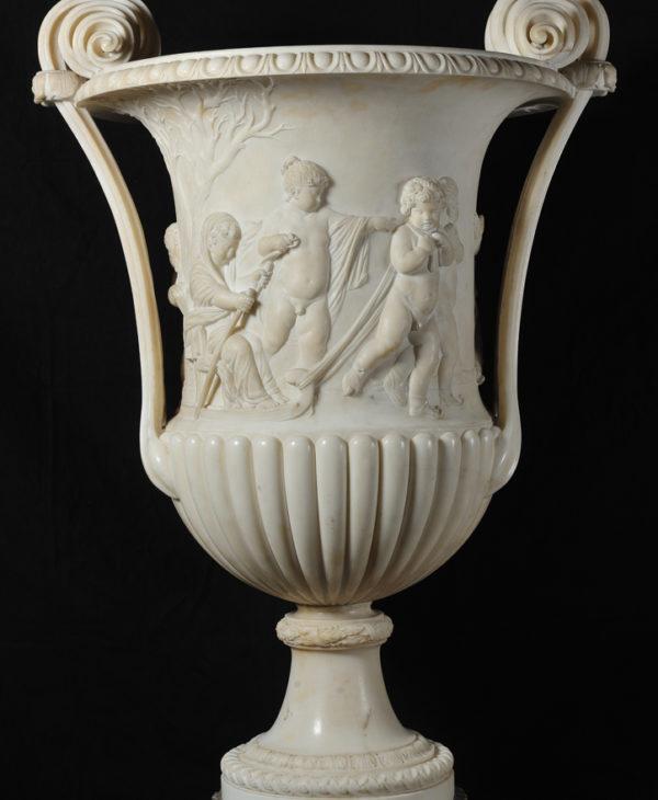 Vaso a foggia di cantharus con la rappresentazione dell'Inverno